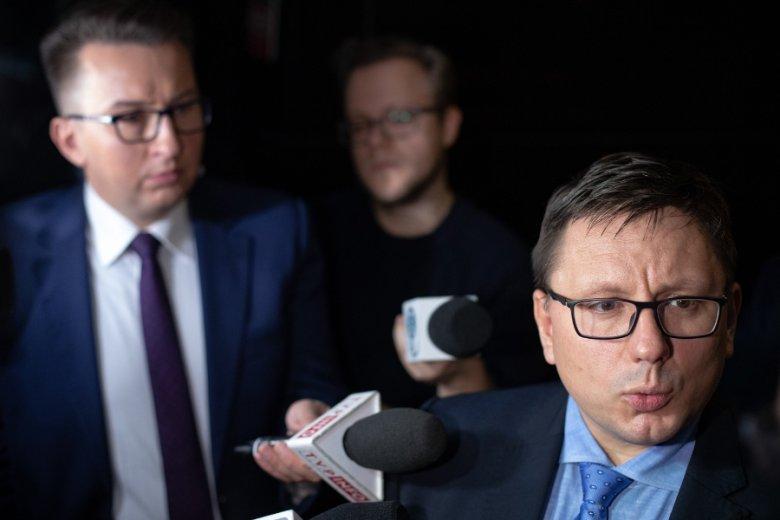 Rafał Milczarski, prezes PLL LOT, podczas wczorajszego spotkania ze strajkującymi.