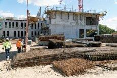 NIK zbadała sprawę bomb ekologicznych. Na ich terenach powstają inwestycje budowlane.