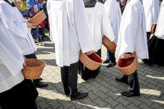 Rząd nie jest zainteresowany ujawnianiem pełnych wydatków na kościół.