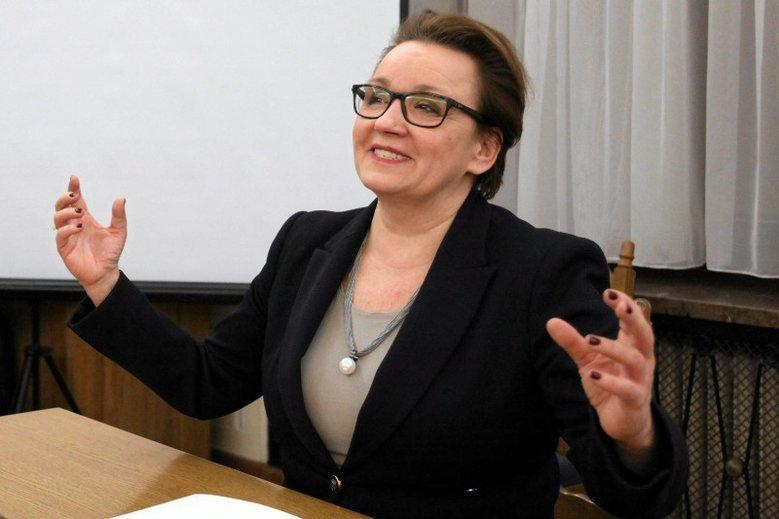 Zmiany w prawie, które siłowo forsowała Zalewska zniszczyły branżę energii wiatrowej w Polsce.