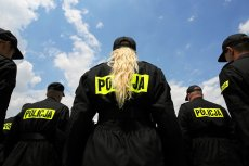 """Premier Mateusz Morawiecki polecił policjantom w dwa dni znaleźć grunty pod rządowy program """"Mieszkanie plus"""""""