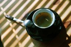 Zielona herbata zawiera składnik, który może zapobiegać udarom mózgu i zawałom serca. Naukowcy muszą teraz opracować sposób wykorzystania go.