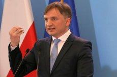 Resort Zbigniewa Ziobry tak niechlujnie zaostrzył przepisy prawa karnego, że przy okazji zalegalizował pedofilię i cofanie liczników