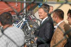 Donald Tusk na jednym z Orlików podczas kampanii wyborczej w 2011 r.