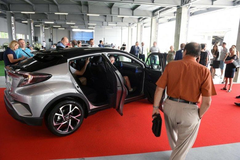 Leasing to już dominująca forma finansowania zakupu nowych aut.