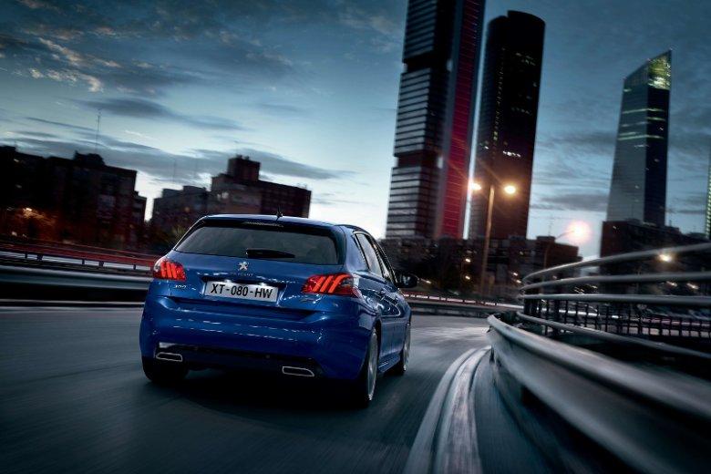 Producent z logiem Lwa promuje nowy model Peugeot 308 jako unikatowy w segmencie kompaktów samochód osobowy