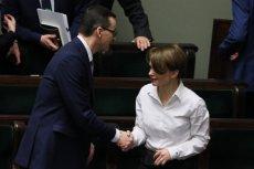 Premier Mateusz Morawiecki i minister przedsiębiorczości Jadwiga Emilewicz. Rządowy program Energia Plus ma obniżyć nasze rachunki o 2500 zł rocznie.