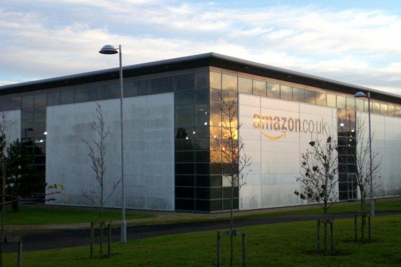 Amazon to oprócz e-sklepu i czytnika Kindle'a także wielki operator logistyczny