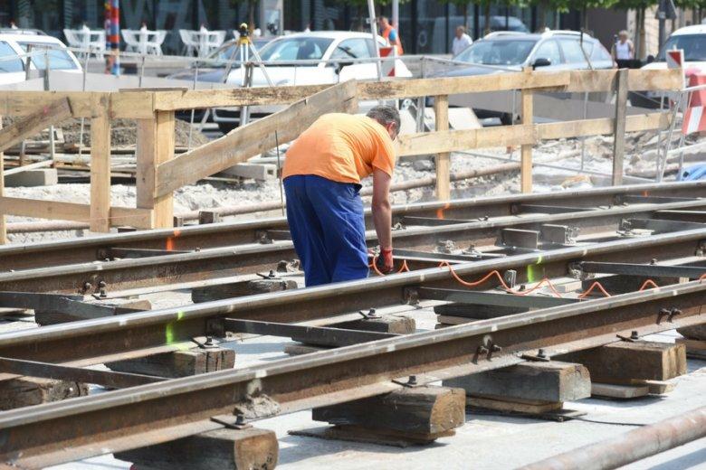 Podkłady kolejowe są tańsze od drewna opałowego, ale niepomiernie bardziej toksyczne.
