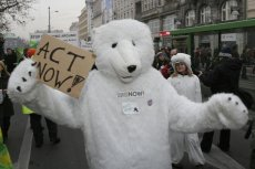 Protesty przeciwko zmianom klimatu miały miejsce w wielu polskich miastach