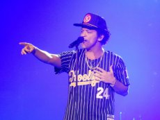 Bruno Mars to jeden z najbogatszych muzyków według Forbesa