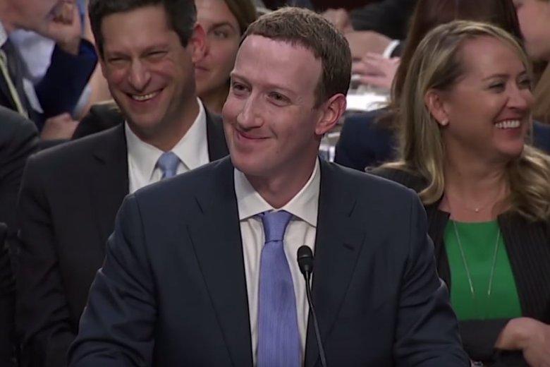 Mark Zuckerberg przed amerykańskim Kongresem tłumaczyłsięz afery Cambridge Analytica.