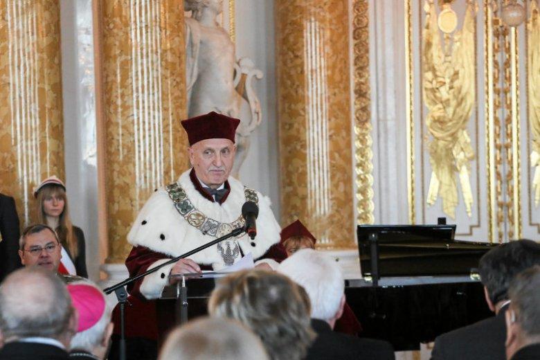 Przemawia rektor Warszawskiego Uniwersytetu Medycznego - prof. Marek Krawczyk.