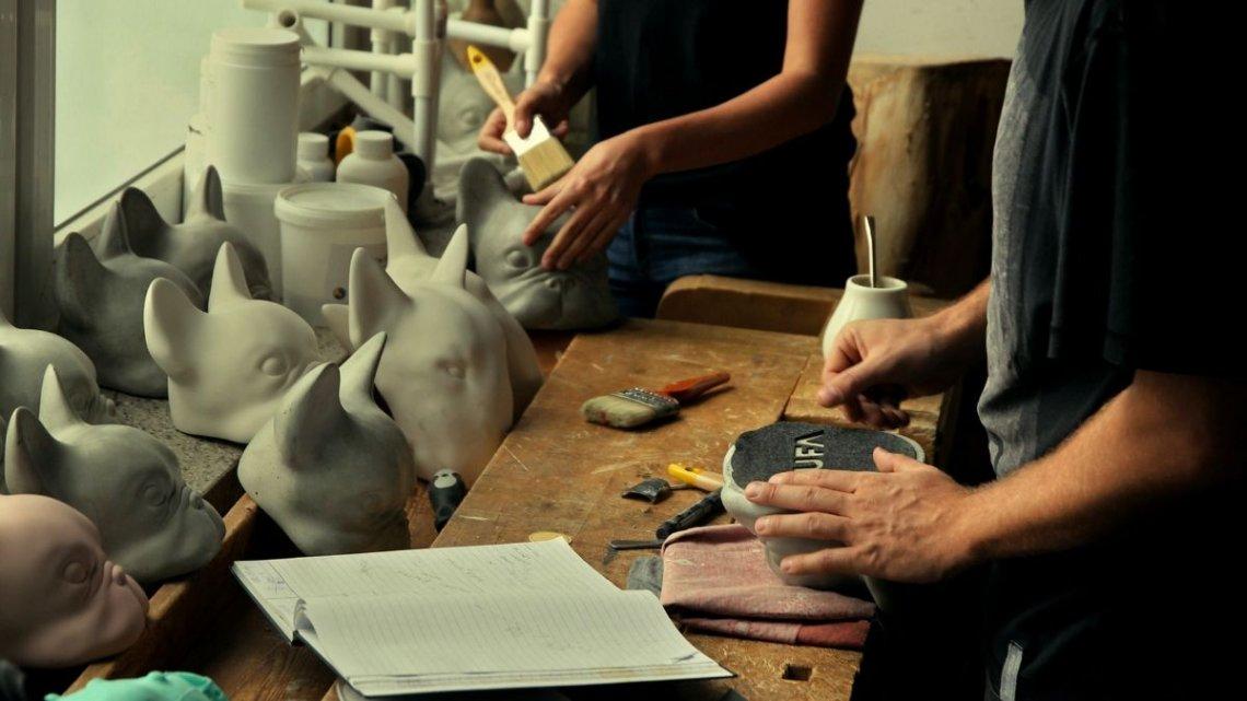 KUFA.design to połączenie wzornictwa z odlewnictwem i rzeźbą.