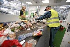Polska musi pilnie zająć się problemem plastikowych odpadów, by uniknąć kar ze strony UE.