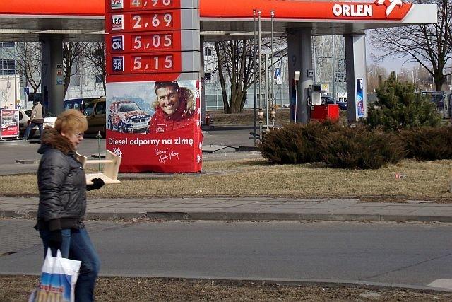 O tym, że stacje benzynowe wygrały na wprowadzeniu zakazu handlu w niedziele nie trzeba nikogo przekonywać