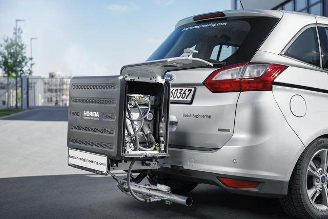 Może wyglądać to dziwnie, ale dzięki takim urządzeniom dowiemy się, ile nasze auto będzie naprawdę spalać