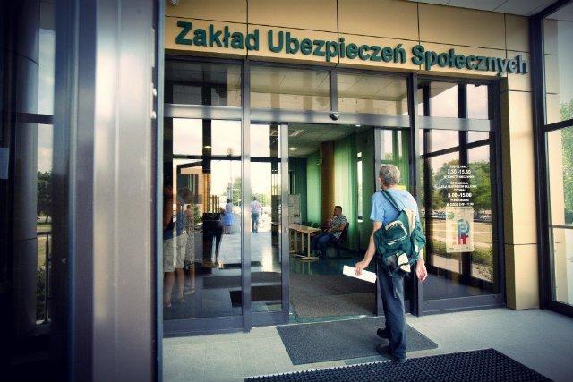Opodatkowanie pracy to jeden z najważniejszych problemów w Polsce