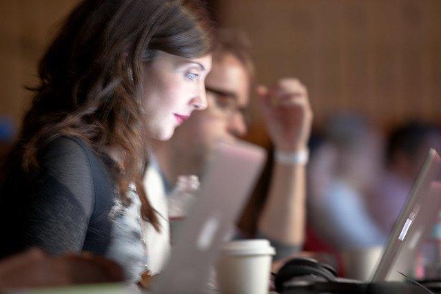 Sukces startupu zależy od ludzi w nim pracujących - wynika z raportu.