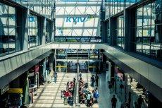 Ukraine International Airlines wprowadzają kolejne drakońskie ograniczenia w przewozie bagażu osobistego.