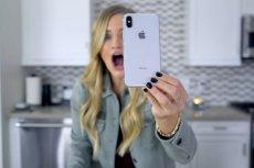 Od euforii do rozczarowania: użytkownicy iPhone'a X żyją na emocjonalnej huśtawce.