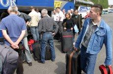 Polacy wyjeżdżają za pracą autobusem do Wielkiej Brytanii, tak jak zrobiła to 21-letnia Alina