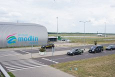 Lotnisko w Modlinie jest na Mazowszu potrzebne - uważa wiceminister infrastruktury