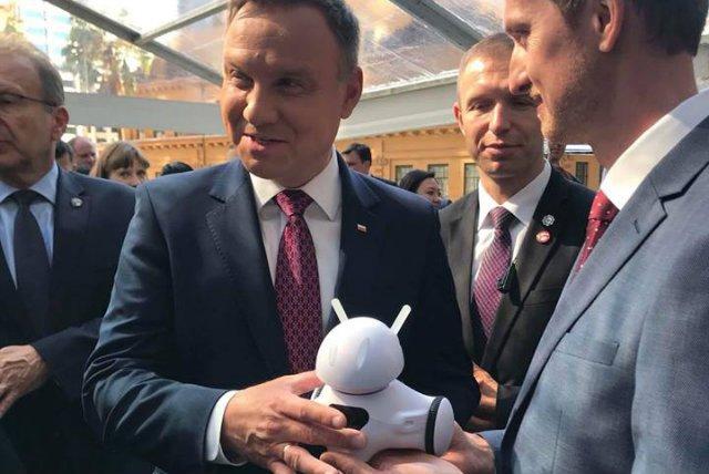 Możliwościami polskiego robota zainteresował się również prezydent Andrzej Duda