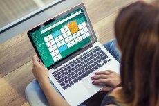 Bitrix24 to nowoczesny system CRM (zarządzania relacji z klientami) do prowadzenia biznesu i organizowania pracy, w tym zdalnej, w firmie