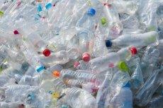 Wkrótce plastikowe odpady zyskają na wartości. W Polsce zostanie wprowadzona kaucja w wysokości 10 groszy.