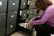 Zaledwie 5 sztuk wadliwych dokumentów miało trafić do odbiorców, urzędnicy przechwycili resztę wadliwych e-dowodów.