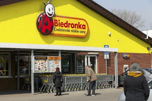 Zaognia się spór pracowników Biedronki z kierownictwem.