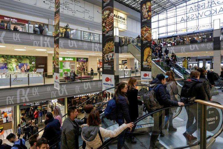 W ostatnich tygodniach słyszeliśmy m.in. o pomyśle na ograniczenie marek własnych w polskich sklepach.