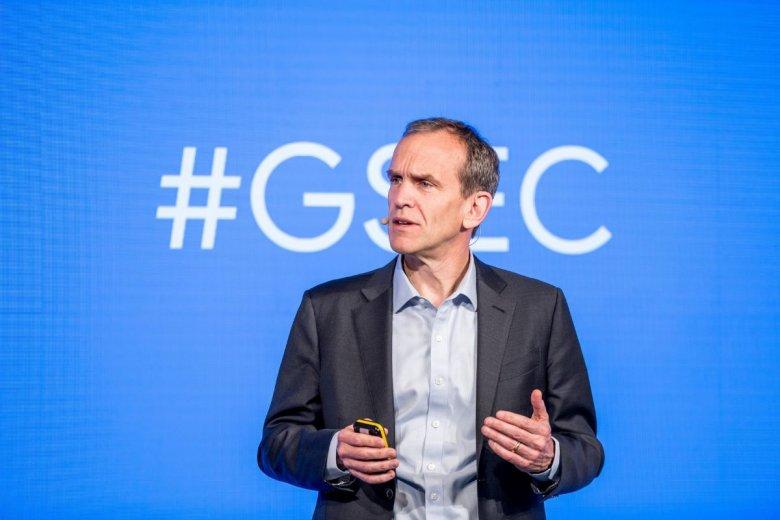Ponad 20 mln ludzi używa ustawień bezpieczeństwa każdego dnia. Zdaniem Kenta Walkera, to w interesie Google jest zapewnienie im ochrony w internecie.