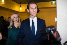 Kacper Płażyński nie zawahał się przed zdobyciem statusu bezrobotnego i 20 tys. dotacji na założenie firmy