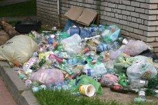 Stowarzyszenie Polski Recykling chce, aby rząd opodatkował opakowania plastikowe, które nie wykorzystują wystarczająco dużo przetworzonego surowca.