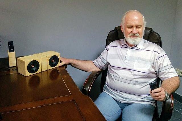 Główny tester AI Speakera, Ryszard