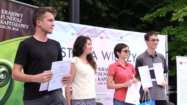 Laureaci dwóch pierwszych miejsc w Warsaw Startup Game #1
