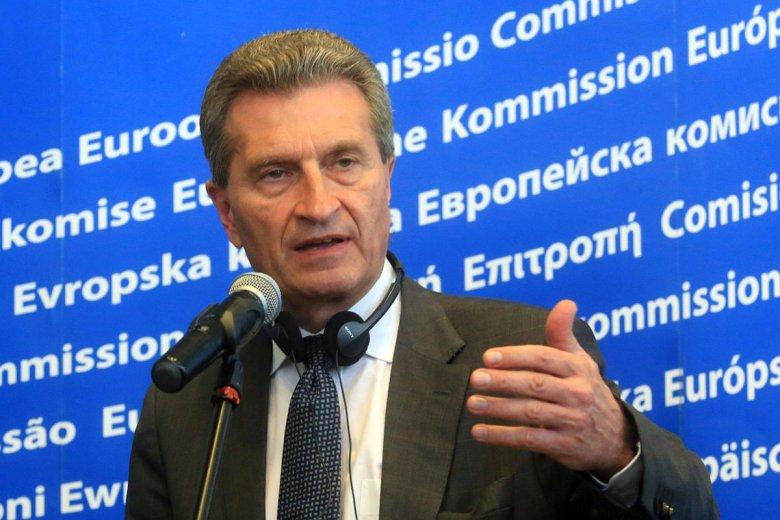 Chociaż mamy problem z rządami prawa w Polsce, ekonomicznie Polska jest lokomotywą – mówi unijny komisarz ds. budżetu Guenther Oettinger