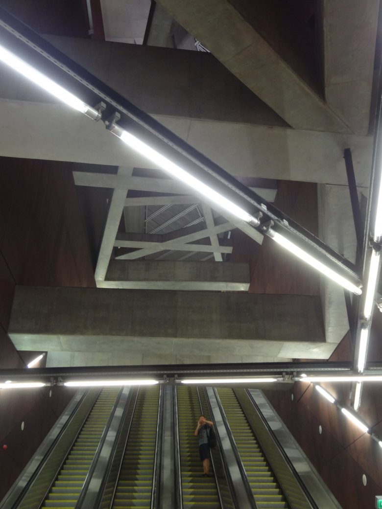 Stacja linii metra M4 w Budapeszcie, Spora Architects, fot. Alicja Wianecka