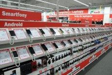 Ceny topowych smartfonów dawno przekroczyły już 4000 złotych. Za co płacimy?