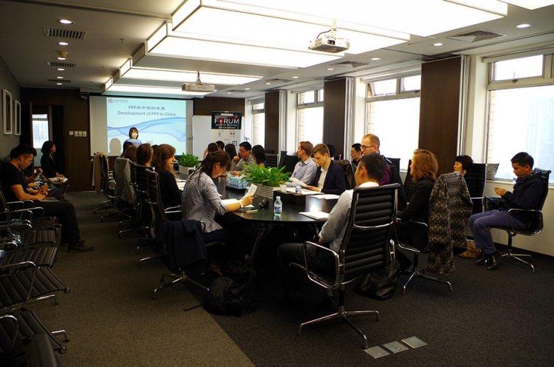 Celem inicjatyw, takich jak Warsaw-Beijing Forum, jest przekazanie młodym ludziom praktycznej wiedzy, umożliwiającej zrozumienie chińskiej etykiety biznesowej i warunków prowadzenia działalności gospodarczej w Państwie Środka.