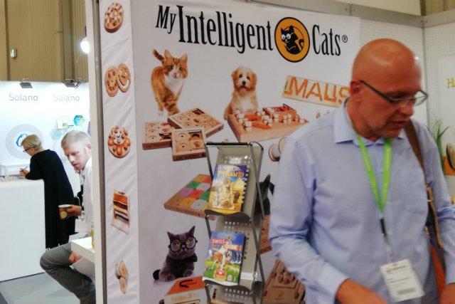 Swoje ceramiczne kuwety polski przedsiębiorca promuje m.in. poprzez targi