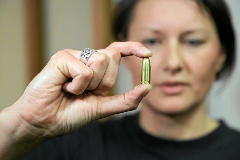 Tarcza za złotówkę, kula za kilka złotych, godzina szkolenia za kilkadziesiąt: strzelectwo nie jest tanią pasją.