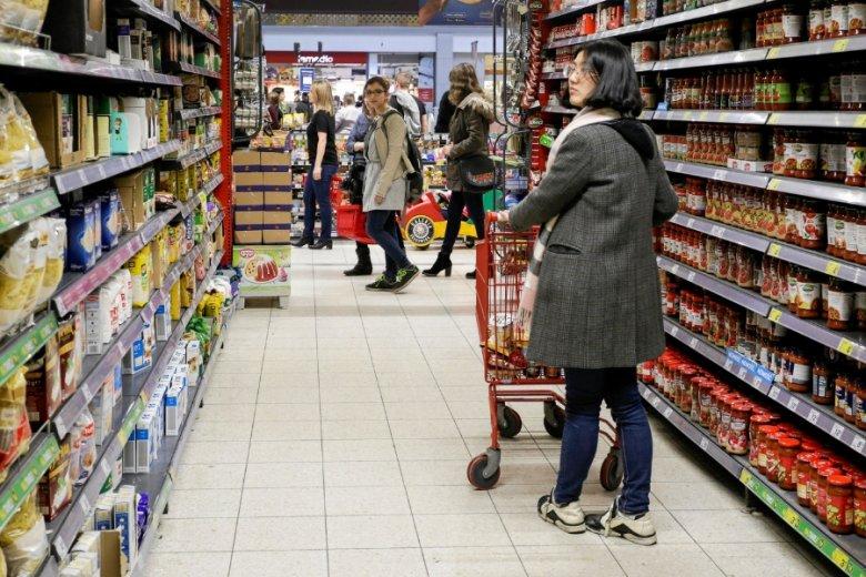 500+ na pewno nakręciło konsumpcję, ale czy przyczyniło się znacząco do wzrostu polskiej gospodarki - tu już zdania są podzielone.