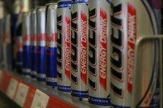 Nawet dzieci mogą kupować energetyki. Ministerstwo Zdrowia zwleka z ograniczeniem sprzedaży.