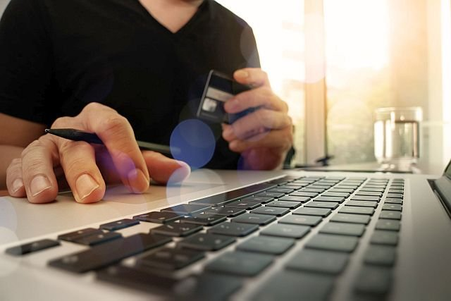 Bo polska branża e-commerce ani nie wykorzystuje technologii zapobiegających utracie klientów, ani nie umie o nich walczyć.