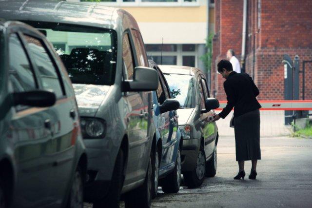 Koniec z płaceniem za mandaty wystawiane za gapiostwo kierowców. Sejm przyjął nowelizację ustawy Prawo o Ruchu Drogowym