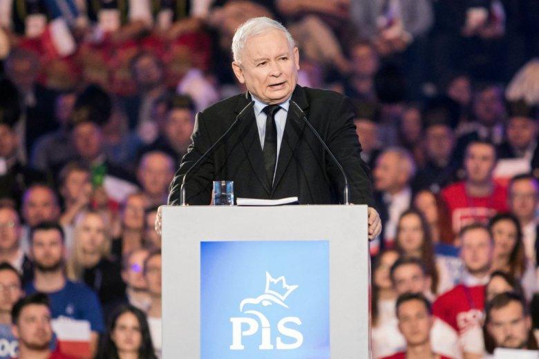 Jarosław Kaczyński przebił wszystkich. Jego propozycja płacy minimalnej przyprawia o zawrót głowy.