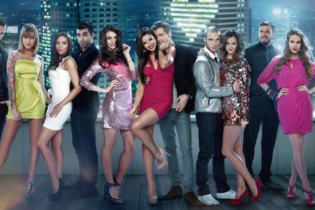 """Serial """"Miłość na bogato"""" był jedną z większych produkcji stacji Viva Polska."""